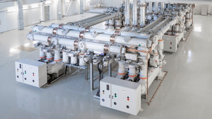 Gas-insulated switchgear | Transmission Products | Siemens