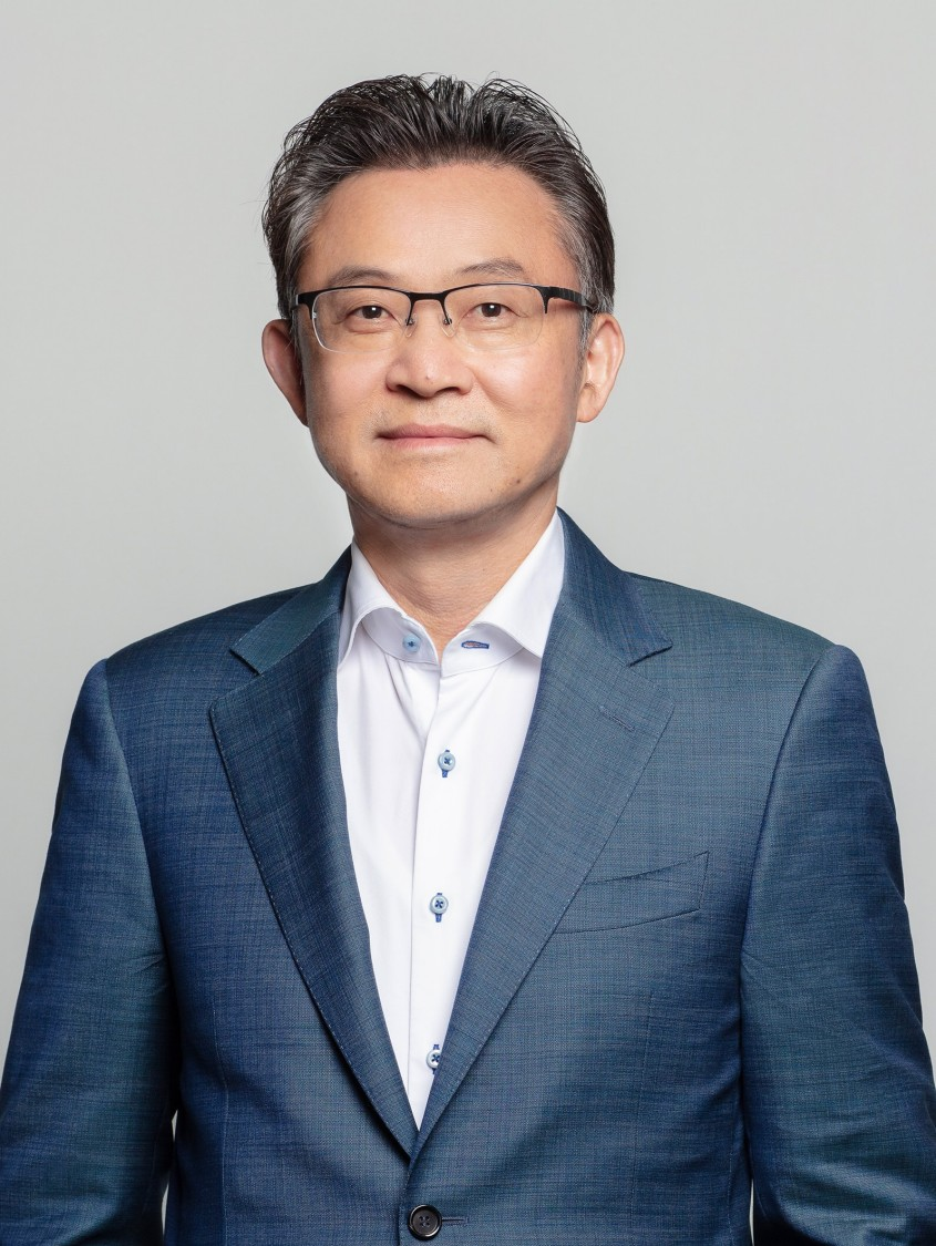 Dr. Xiao Song
