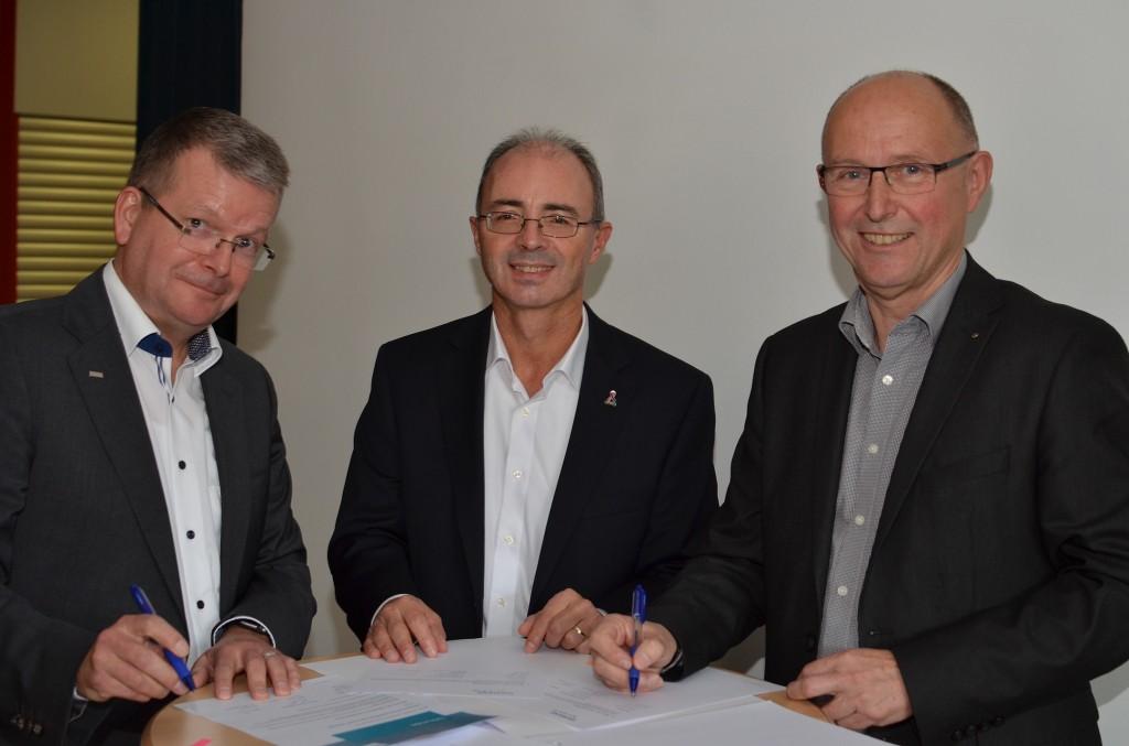 Vertragsverlängerung mit Siemens-Partner-Schule TWG Dillingen
