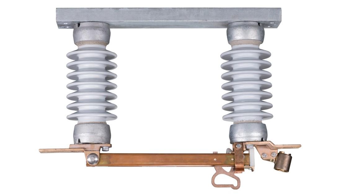 Station class hookstick 15 kV-38 kV disconnects type EHL