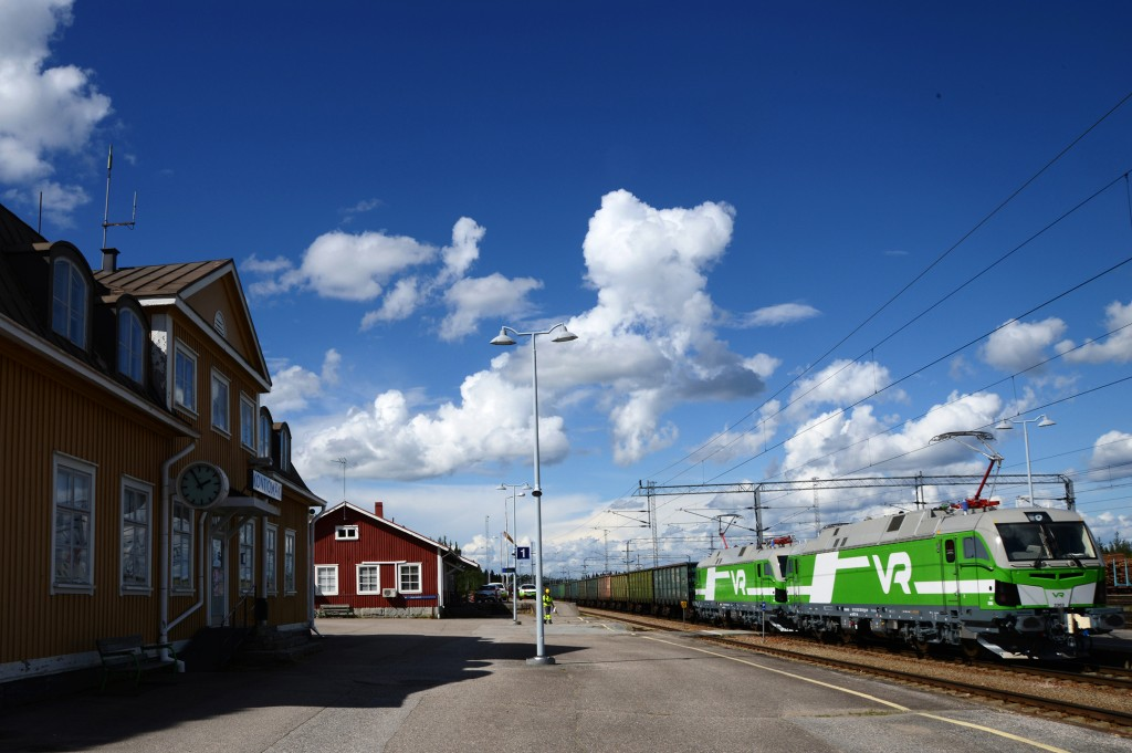 First Vectron broad-gauge locomotives received authorization in Finland