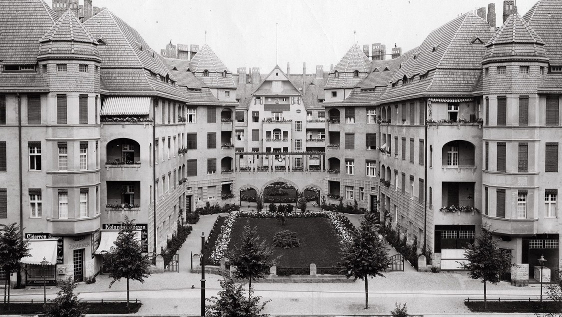 Flats for Siemens employees -  Nonnendammallee, ca. 1920