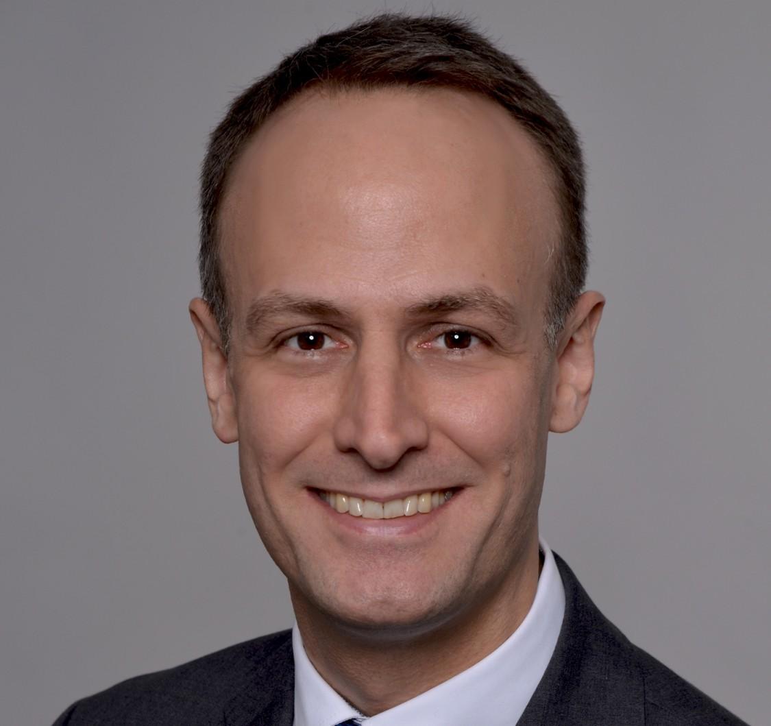 Dr. Robert Urlichs