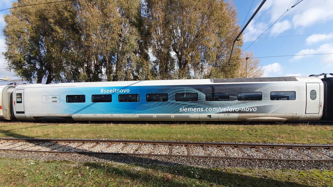 Testwagen des Velaro Novo im Einsatz zwischen bestehende Zugwagen gekoppelt