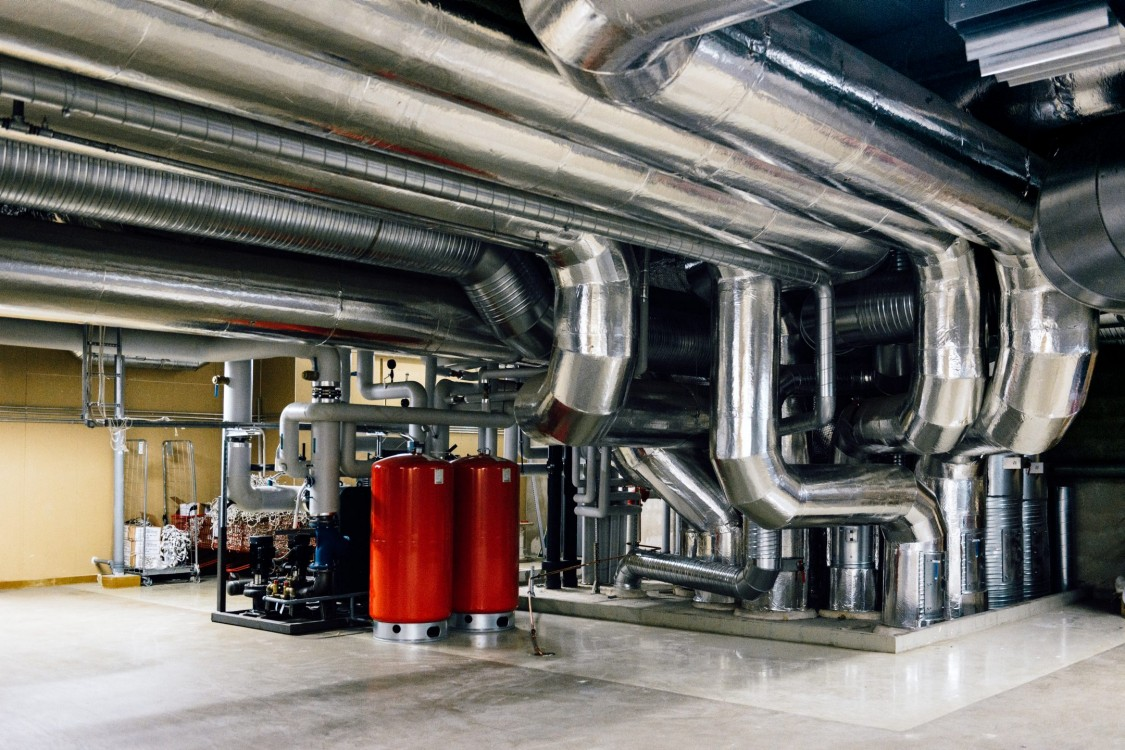 controls, valve and damper actuators, valves and sensors for OEMs – from residential heat recovery ventilation up to large commercial chillers