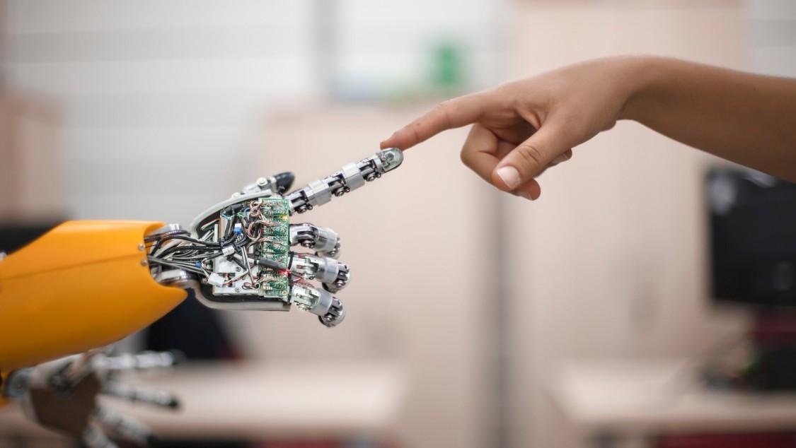 Mesterséges intelligencia az iparban: intelligens gyártás