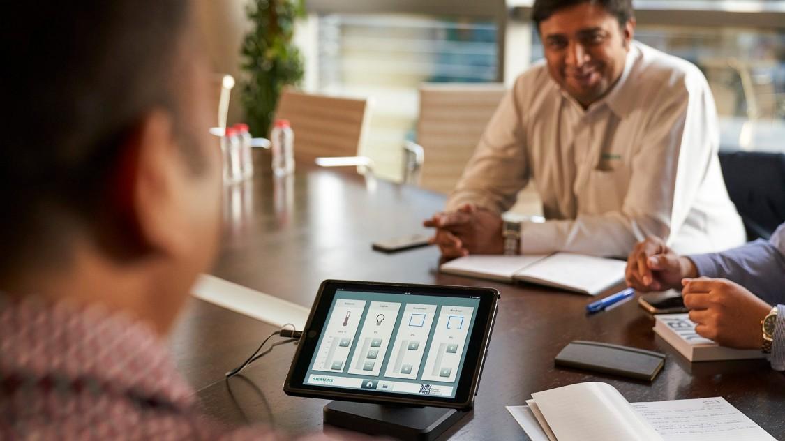 Cyfryzacja pomaga tworzyć zindywidualizowane warunki w pomieszczeniach.