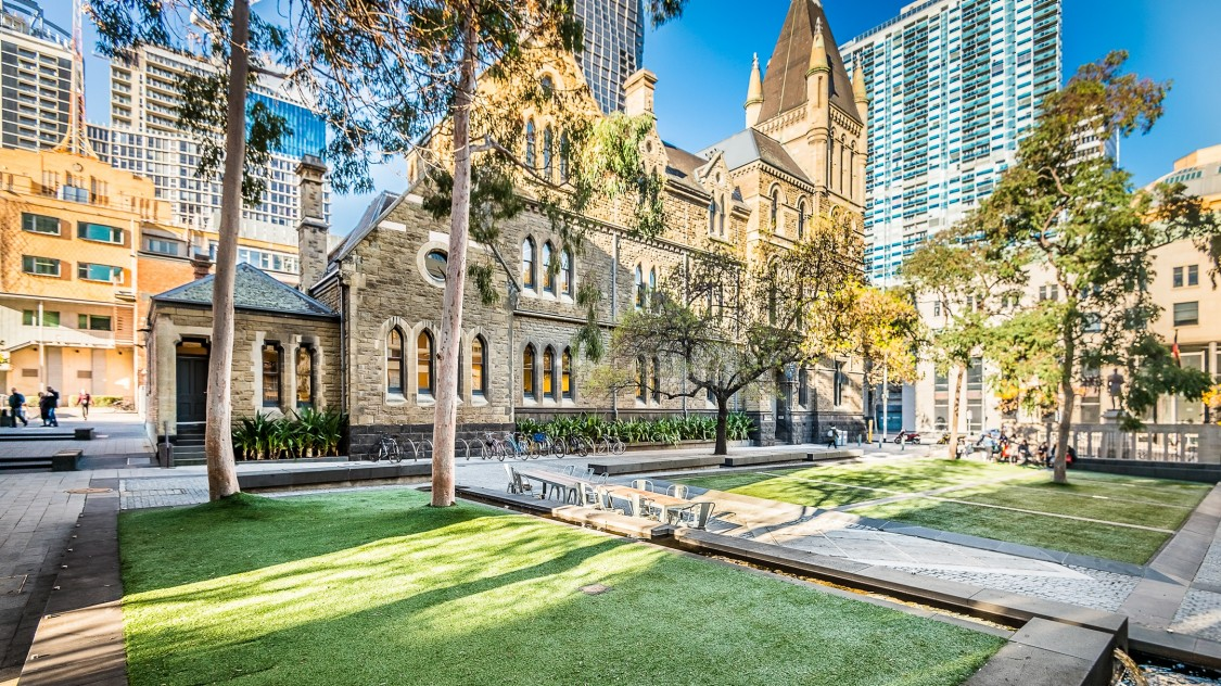 With technology from Siemens, RMIT University in Melbourne was able to achieve its ambitious sustainability goals four years ahead of schedule.