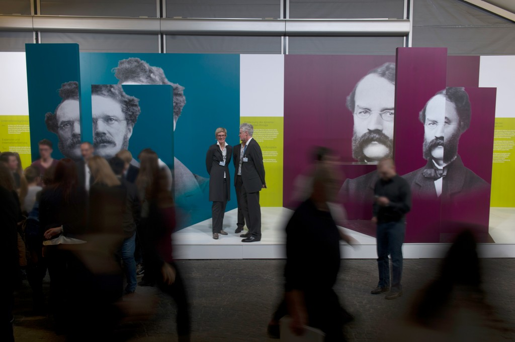 On the occasion of the Annual Shareholders' Meeting in the Olympiahalle in Munich, Siemens presents a special exhibition marking the anniversary year of the firm's founder and showing milestones in the life of Werner von Siemens.