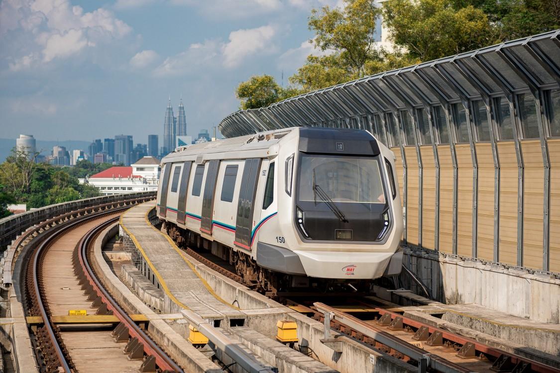 Ein Metro-Zug von Siemens Mobility in Kuala Lumpur.