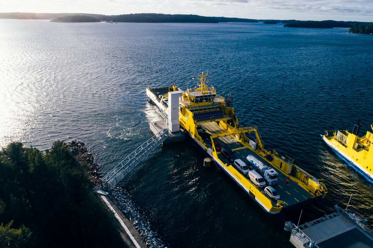 First electrical car ferry in the world in operation in Norway now