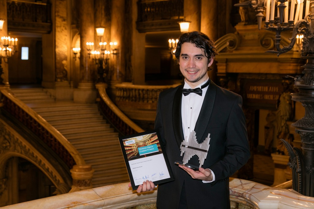 Siemens Opera Contest France: A young baritone wins the first Siemens Opera Contest France